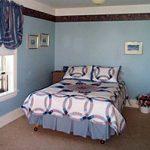 Keewatin Farm - guest room